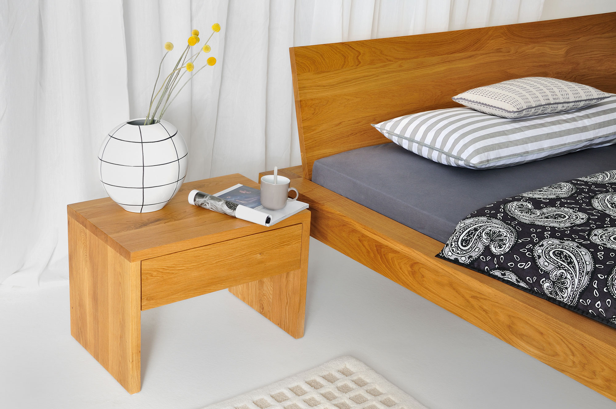 Rustic Oak Bed TAURUS custom made in solid wood by MODUM